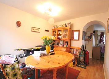 3 bed property to rent in Sweets Way, London N20