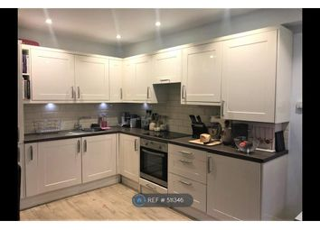 Thumbnail 2 bedroom flat to rent in Thicket Road, London