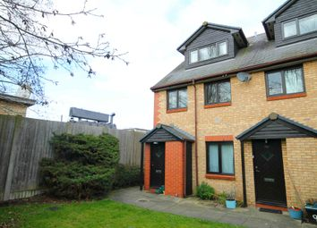 Thumbnail 2 bed maisonette for sale in Sleaford Street, Cambridge