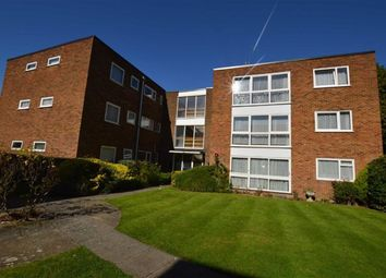 Thumbnail 2 bed flat to rent in Grandfield Avenue, Watford, Herts