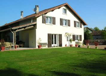 Thumbnail 4 bed detached house for sale in Saint-Mathieu, France
