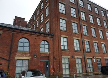 2 bed flat to rent in Bentinck Street, Bolton BL1