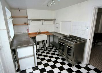 Thumbnail 1 bed flat to rent in Basset Street, Falmouth