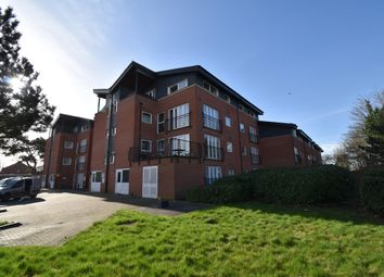 2 bed flat for sale in Lodge Road, Kingswood, Bristol BS15