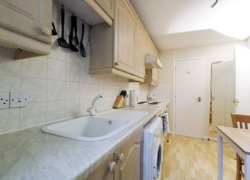 1 bed flat to rent in Tytler Gardens, Holyrood, Edinburgh EH8