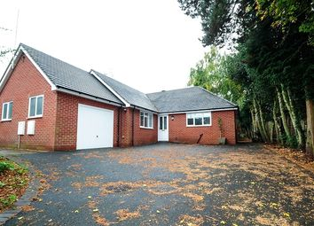 Thumbnail 3 bedroom detached bungalow to rent in Pershore Road, Kidderminster, Worcestershire.