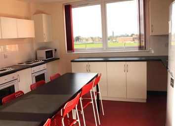 Thumbnail Room to rent in Regis Park Road, Earley, Reading