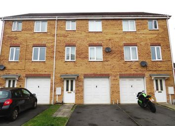 Thumbnail 4 bed town house to rent in Heather Gardens, North Hykeham, Lincoln