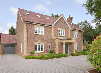 Thumbnail 5 bed property to rent in Gills Hill Lane, Radlett