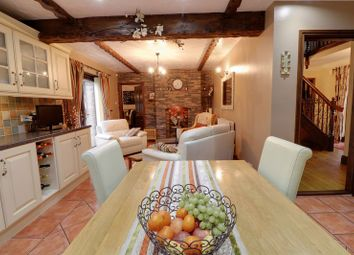 Thumbnail 5 bedroom detached house for sale in Avenue Clamart, Scunthorpe