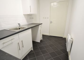 Thumbnail 1 bed flat to rent in Scot Lane, Town Centre, Doncaster