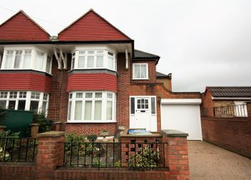 Thumbnail 4 bed property for sale in Leighton Gardens, London