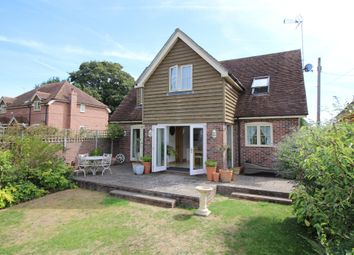 Thumbnail 3 bed detached house for sale in Farriers Close, Basingstoke