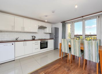 Thumbnail 3 bed flat to rent in Franklin Building, Millenium Harbour E14, Canary Wharf,