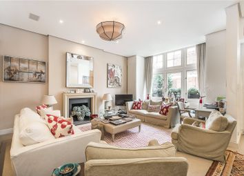 Thumbnail 2 bedroom flat for sale in Evelyn Gardens, London