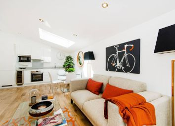 Thumbnail 1 bed flat for sale in Pottery Mews, Fulham