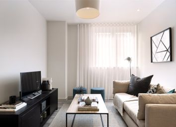 Thumbnail 2 bed flat for sale in Woodside Road, Amersham