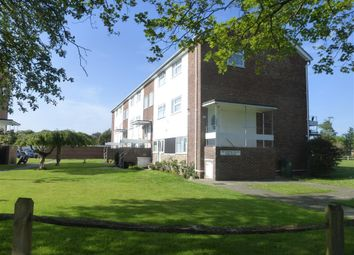 2 bed maisonette to rent in St. Thomas Court, Pagham, Bognor Regis PO21