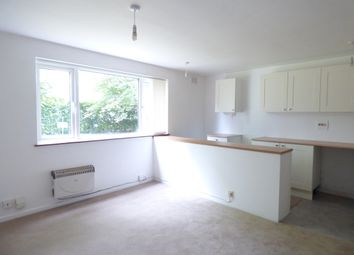 Thumbnail 1 bed flat to rent in Selbourne Court, Romsey