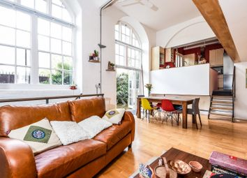 2 bed maisonette for sale in The Paragon, Searles Road SE1