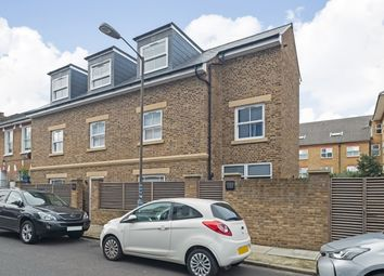 Burchell Road, London SE15. 2 bed flat for sale