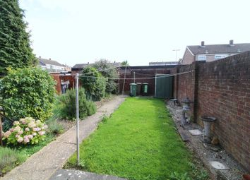 Thumbnail 3 bedroom end terrace house to rent in Three Bed, Arrow Close, Luton