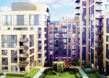 Thumbnail 2 bed flat to rent in Cherry Orchard Rd, Croydon