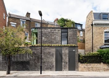 Thumbnail 2 bed detached house for sale in Garden Wall House, Sandbrook Road, London