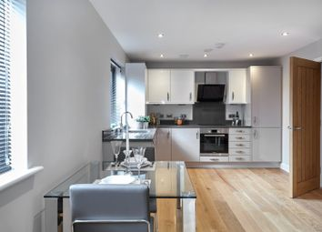 Thumbnail 1 bedroom flat for sale in Weldale Street, Reading