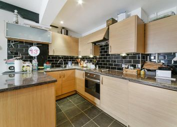 Thumbnail 1 bed flat to rent in Foreshore, London