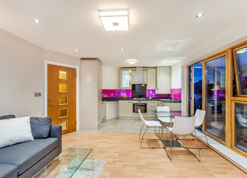 Thumbnail 2 bed flat to rent in Commercial Road E1,