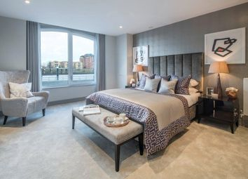 Thumbnail 2 bedroom flat for sale in Plantation Wharf, Battersea, London