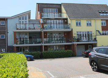 Thumbnail 2 bed flat to rent in Henrietta Chase, Chatham, Kent