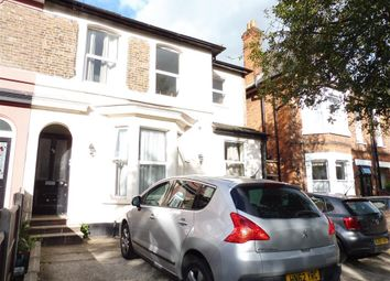 Thumbnail 2 bedroom flat to rent in Junction Road, Gidea Park, Romford