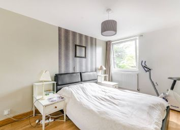 Thumbnail 3 bed maisonette for sale in Kingslee Court, Sutton
