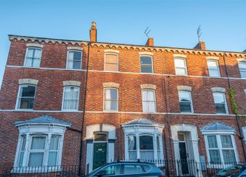 2 bed flat to rent in Priory Street, York YO1