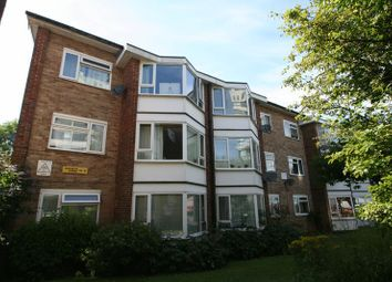 Thumbnail Flat to rent in Durrington Gardens, The Causeway, Goring-By-Sea, Worthing