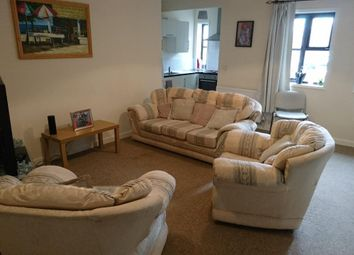 2 bed flat to rent in Victoria Street, West Bromwich B70