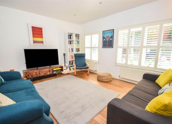 3 bed property for sale in Trewince Road, London SW20