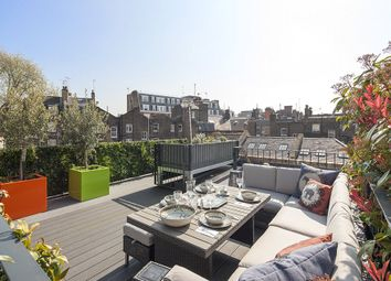 Thumbnail 2 bedroom mews house for sale in Oldbury Place, Marylebone Village, London