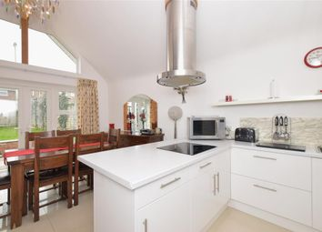Thumbnail 3 bed bungalow for sale in Highlands Road, Fareham, Hampshire