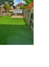 Thumbnail Flat to rent in Uxbridge Road, Hanworth