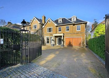 Hendon Wood Lane, Mill Hill, London NW7. 5 bed detached house