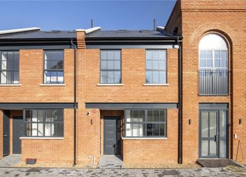 3 bed detached house to rent in Station Road, London SW19