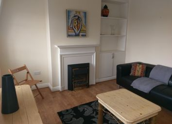 2 bed maisonette to rent in The Market Place, Falloden Way, London NW11