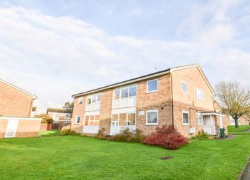 2 bed maisonette to rent in Sparrow Drive, Orpington BR5