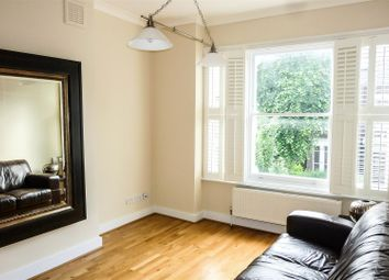 Thumbnail 3 bedroom flat to rent in Gladsmuir Road, London