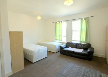 Room to rent in Fortune Green Road, West Hampstead NW6