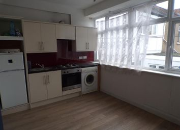 Thumbnail 1 bed flat to rent in Commercial Road, Swindon