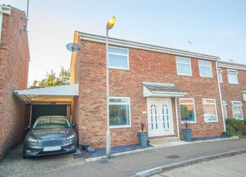 Town End Field, Witham CM8. 3 bed semi-detached house